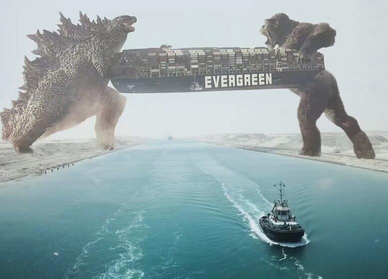 I meme sulla nave incagliata nel Canale di Suez